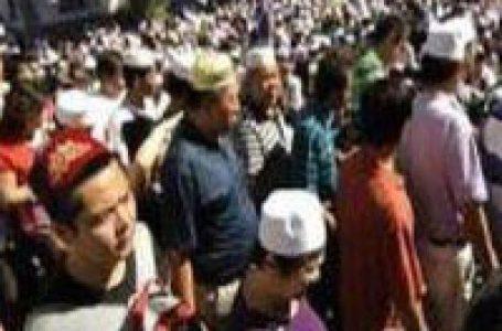 Ribuan Umat Islam Berkabung Atas Wafatnya Imam Masjid di Uighur Xinjiang