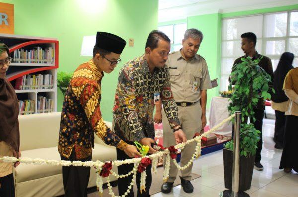 PERESMIAN DAN AKTIVASI BANK INDONESIA CORNER DI PERPUSTAKAAN JIC