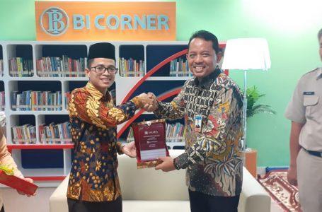 BANK INDONESIA RESMIKAN POJOK BACA DI PERPUSTAKAAN JIC