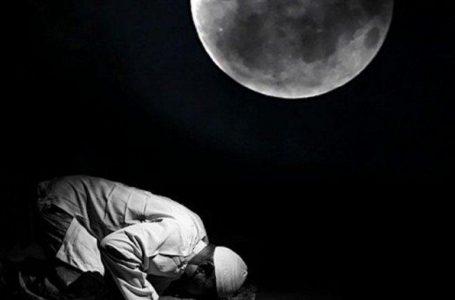 JAGA SHOLAT ISYA DAN SUBUH UNTUK RAIH LAILATUL QADAR